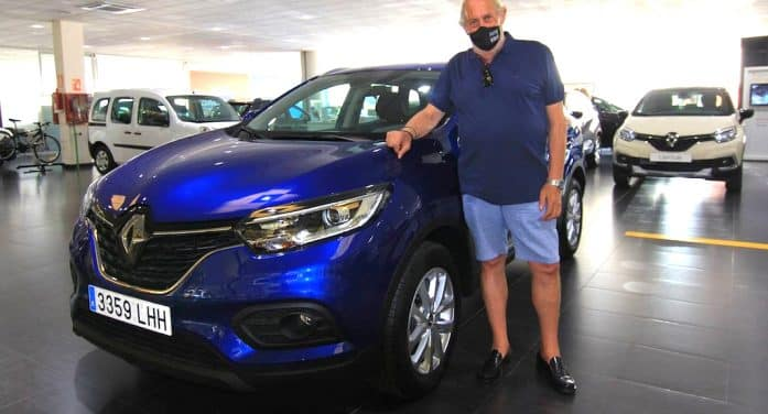 Renault entrega su primer You Rent de renting particular 'online'