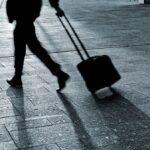BUSINESS MAN WALKING viajes De Nico Garstman Photography