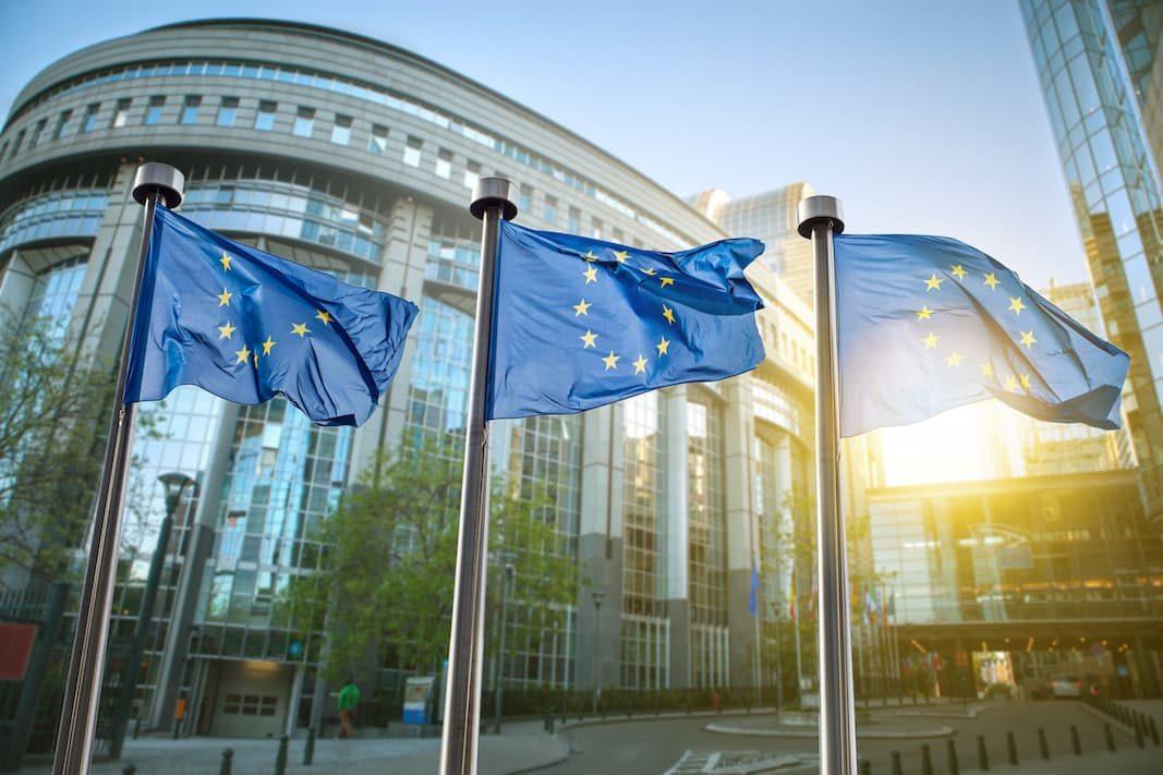 Bruselas exige que los coches cumplan con las emisiones reales de NOX