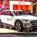 Un Audi rojo de Vodafone. Dmitry Eagle Orlov