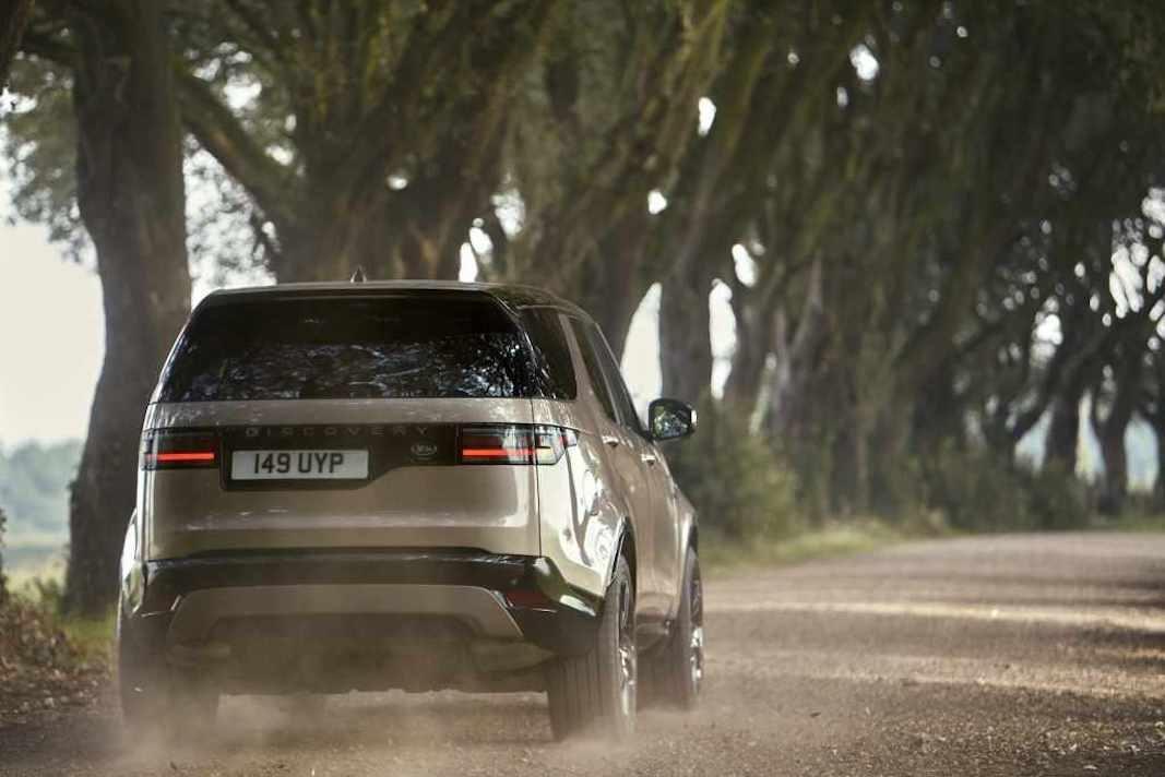 Las ventas de Jaguar Land Rover caen un 18% por la escasez de chips