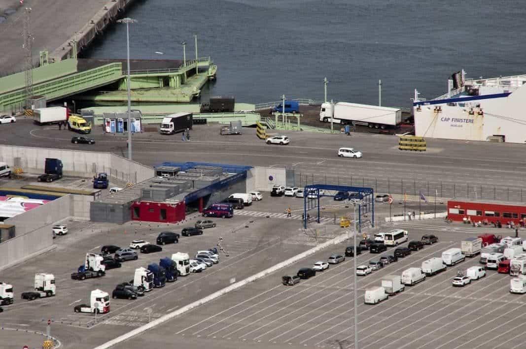 ALD Automotive y LeasePlan pujan por la flota del Puerto de Bilbao: dos millones