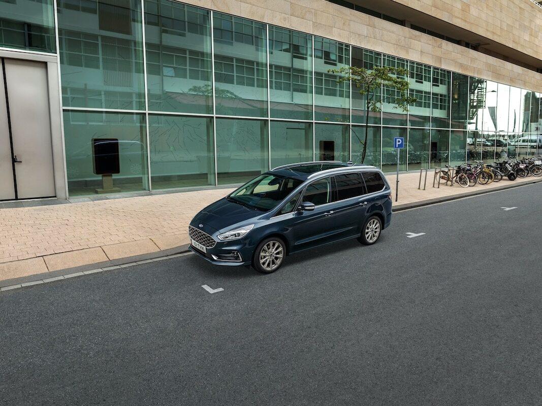 Ford muestra una tecnología de aparcacoches automático