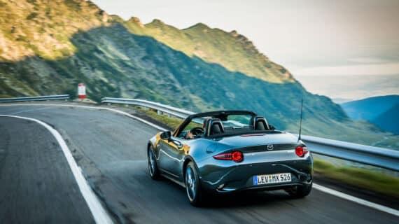 Llega la primavera: Mazda actualiza el MX-5 con más opciones