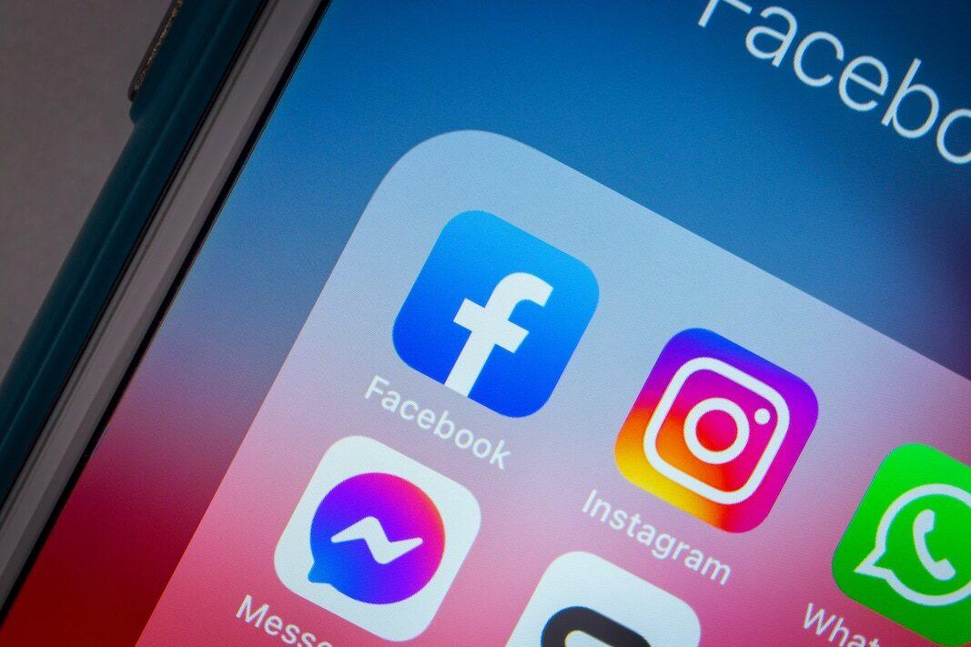 Facebook: El 75% de clientes que compran un coche on-line gastan 700 euros más