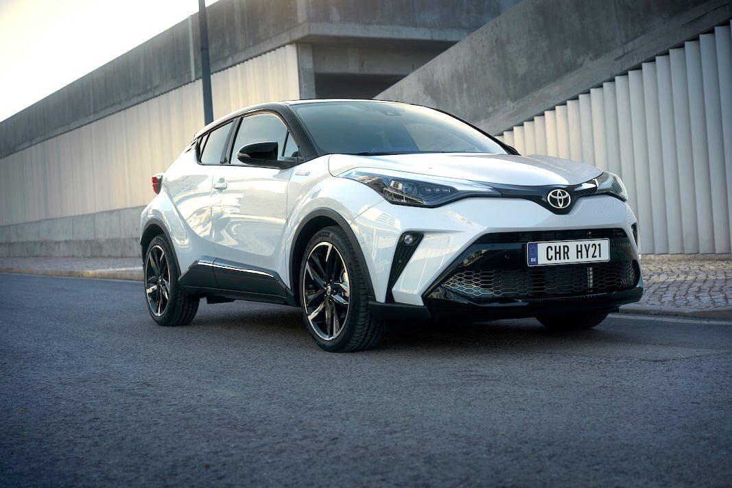 El Toyota CH-R se renueva para incrementar su pulso comercial en renting