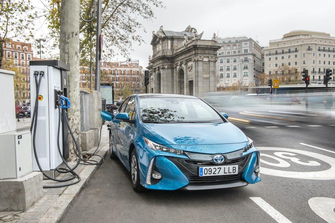 Toyota supera las 300.000 unidades híbridas vendidas en España