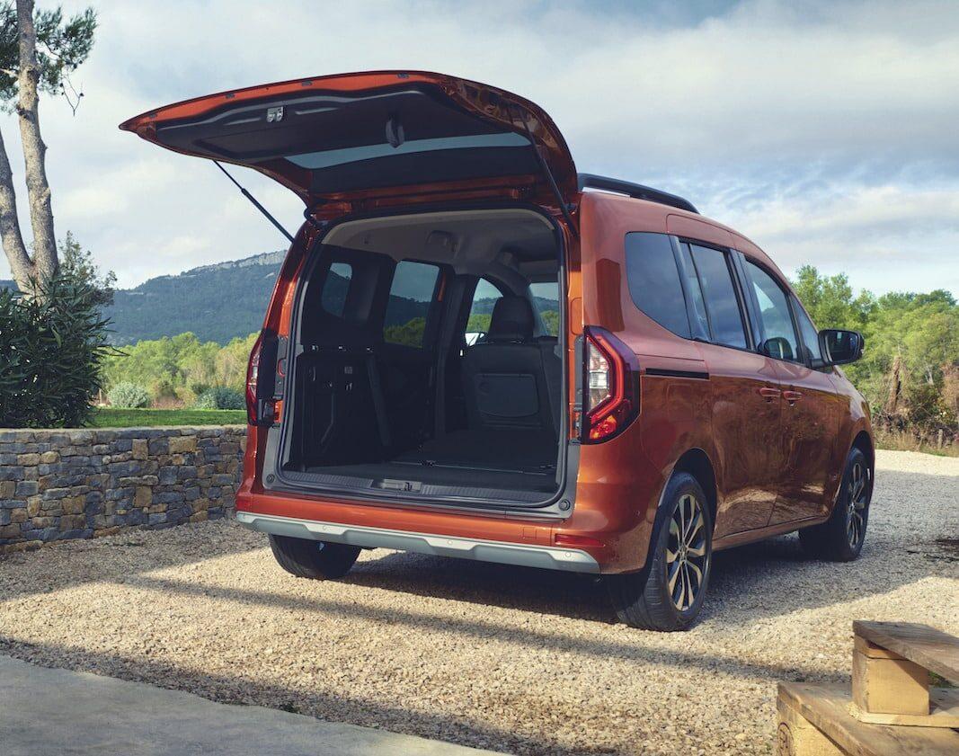 Renault prepara el nuevo Kangoo Combi: también será eléctrico