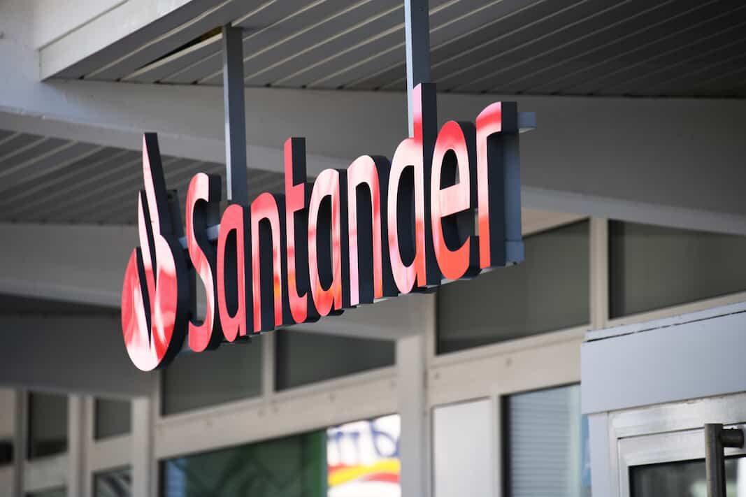 Banco Santander desinfla el globo de LeasePlan: No la considera