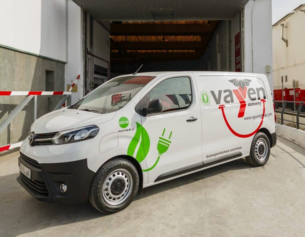 Toyota entrega 17 Proace Van eléctricas a Vayven Delivery