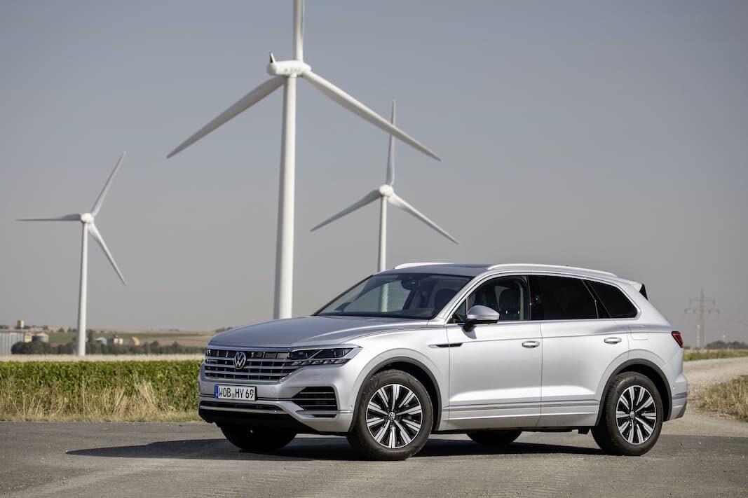 Volkswagen muestra la capacidad híbrida de su gama corporativa