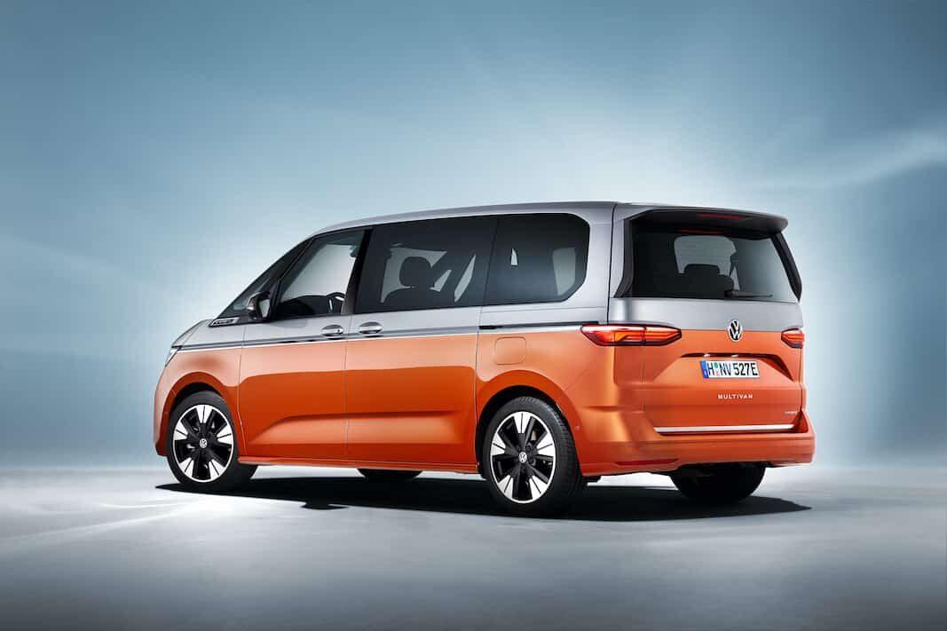 Volkswagen muestra al mercado su icono Multivan: enchufable