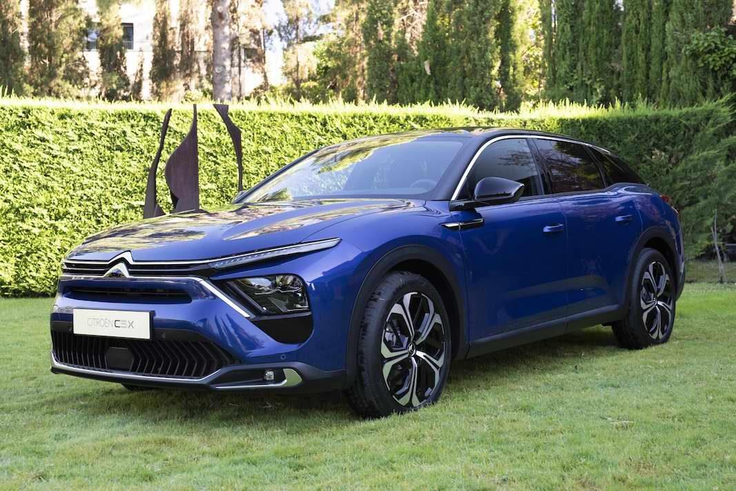 C5 X: un Citroën para flotas que conducen en condiciones
