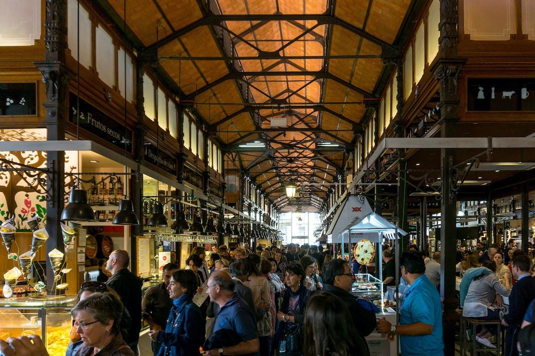 El Mercado de San Miguel, en Madrid. // SHUTTERSTOCK /  IOLAB