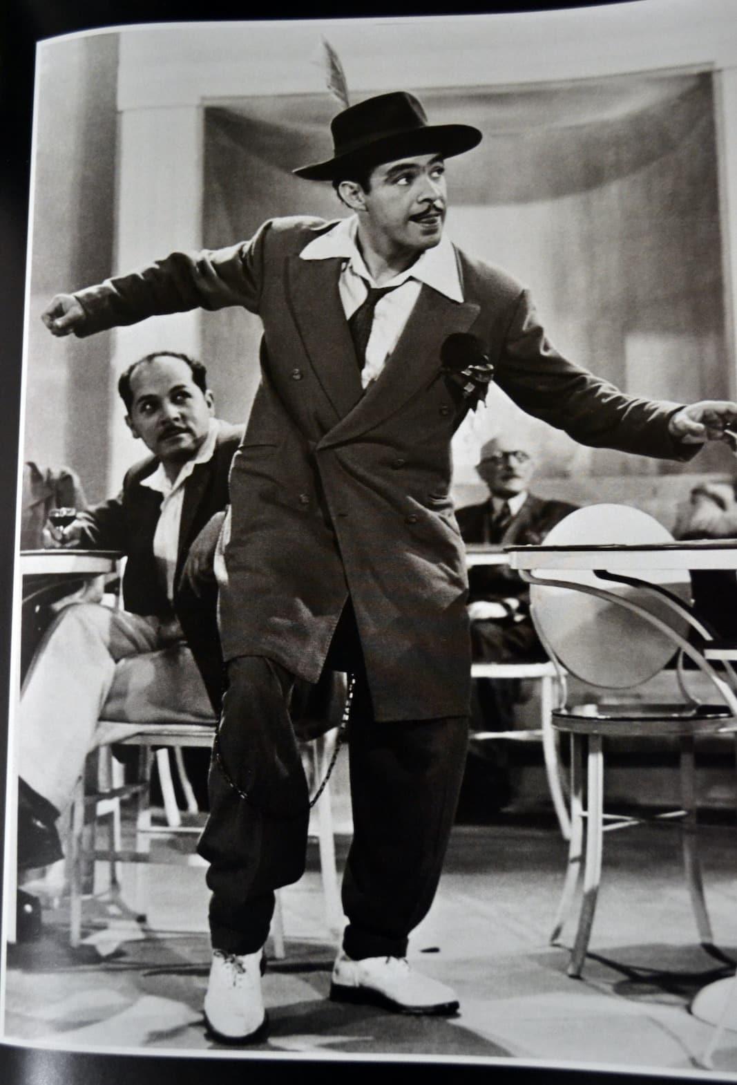 El gran actor y cantante mexicano Germán Valdés, uno de los grandes agitadores de la vestimenta 'pachuca'.
