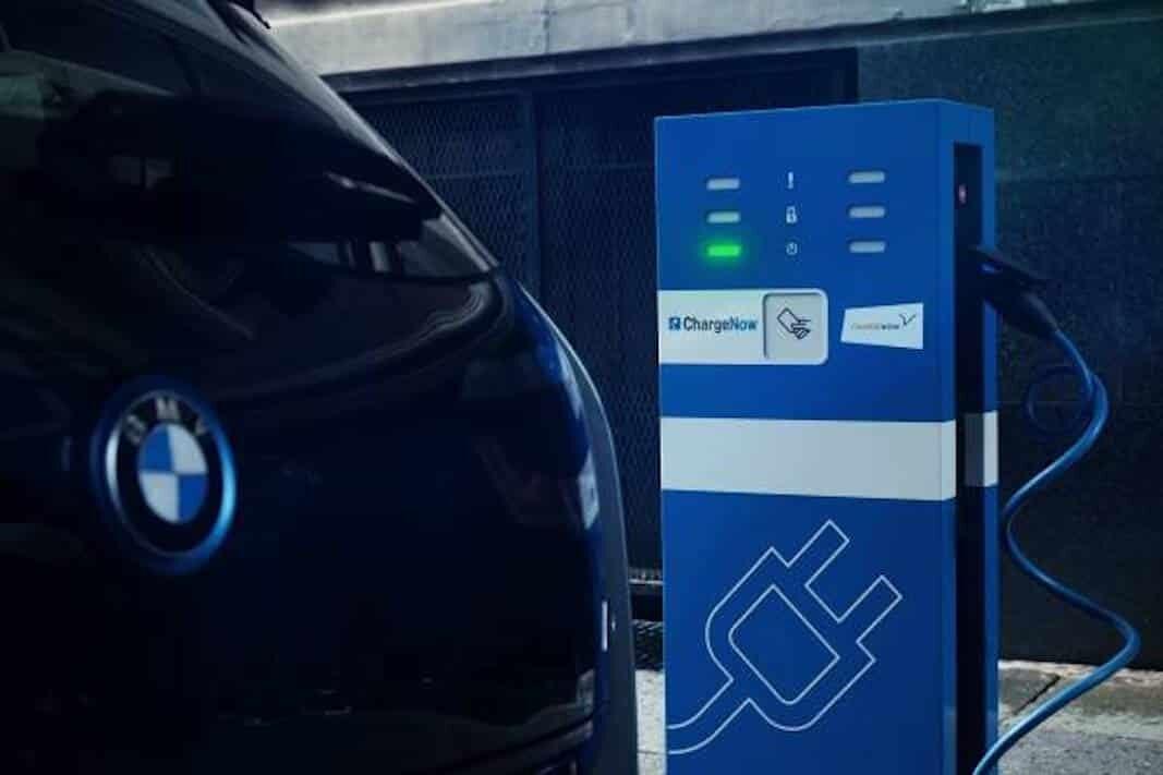 Bruselas da el ok al control de Charge Now por BMW, Daimler y BP