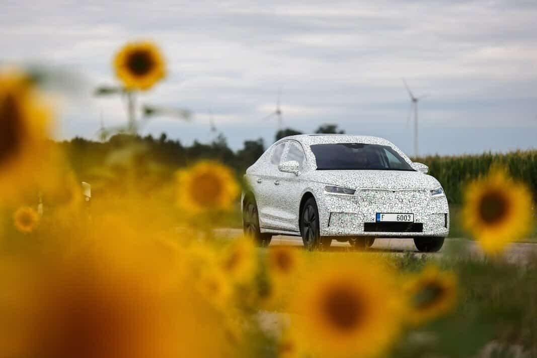 Skoda suma deportividad al SUV eléctrico Enyaq iV